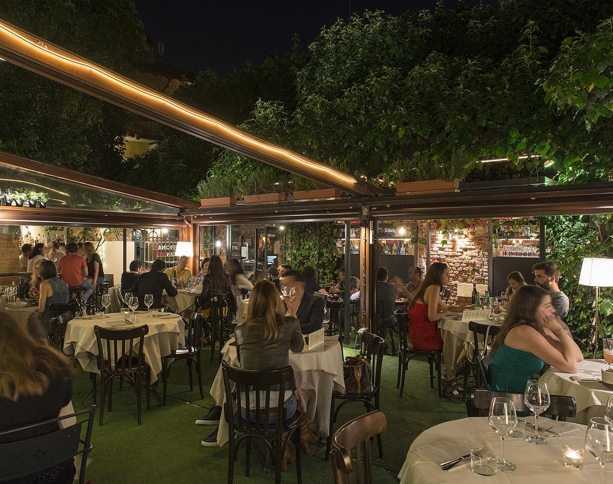Officina 12 ristorante a milano sul naviglio grande for Il naviglio grande ristorante